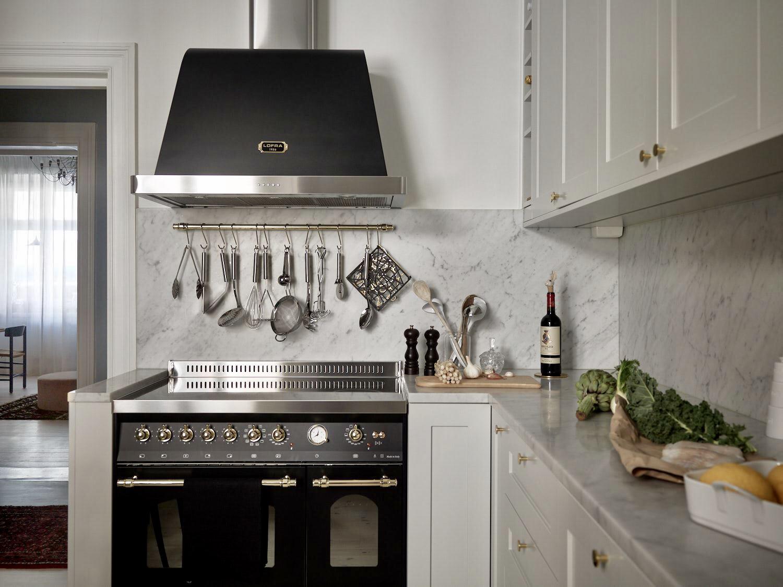 кухонная мебель плита вытяжка