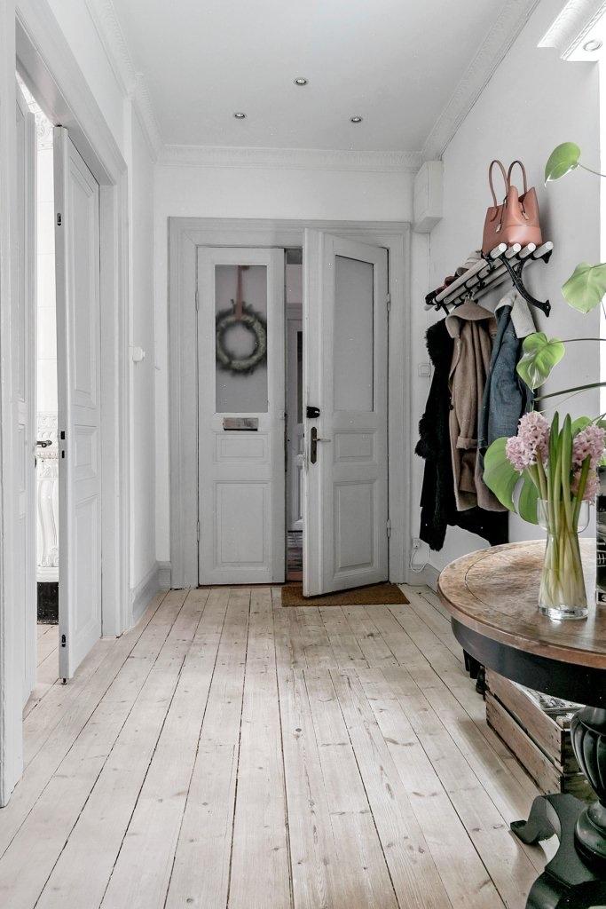 прихожая коридор входная дверь