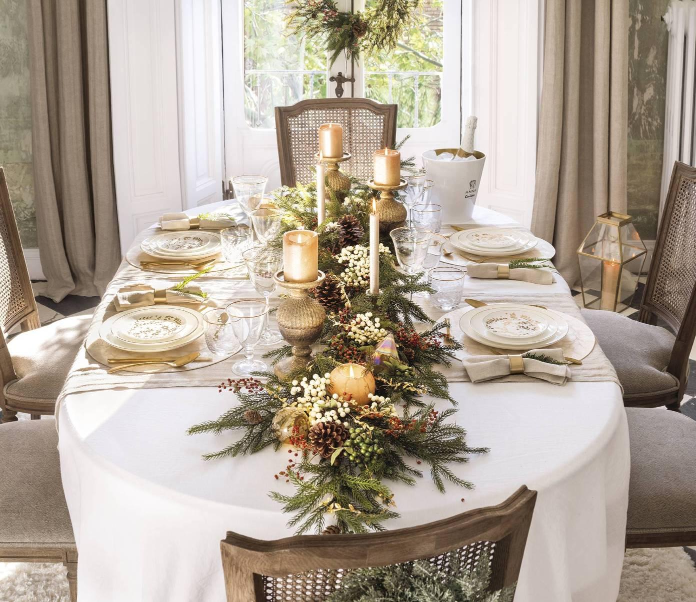 новогоднее украшение центра стола