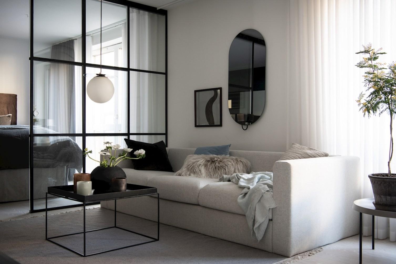 квартира 52 квм диван в гостиной