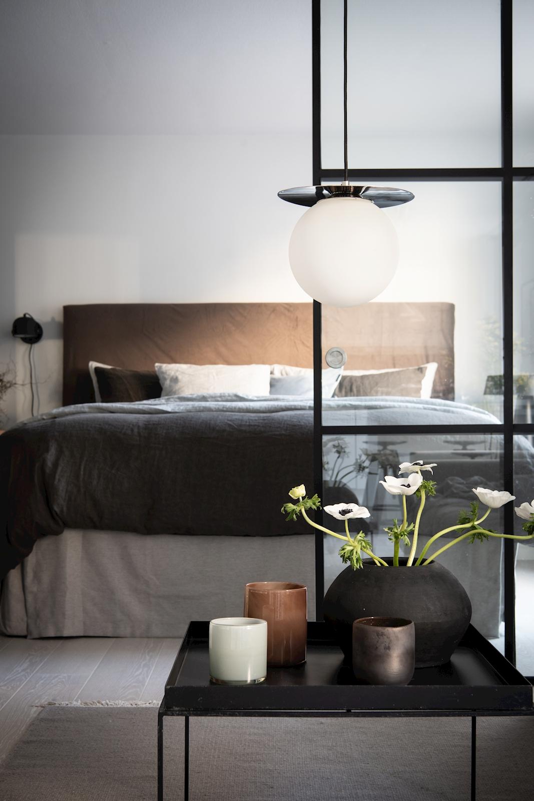квартира 52 квм спальня кровать