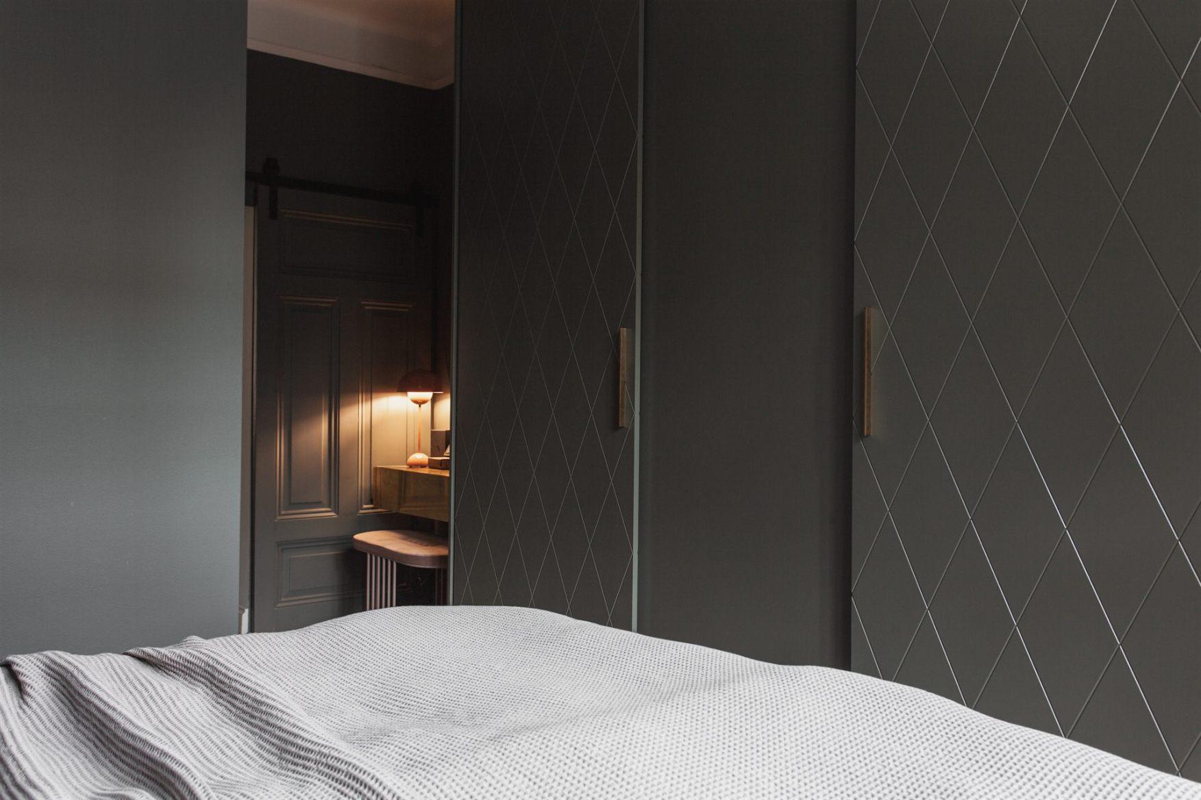 квартира 67 квм спальня шкаф рабочее место