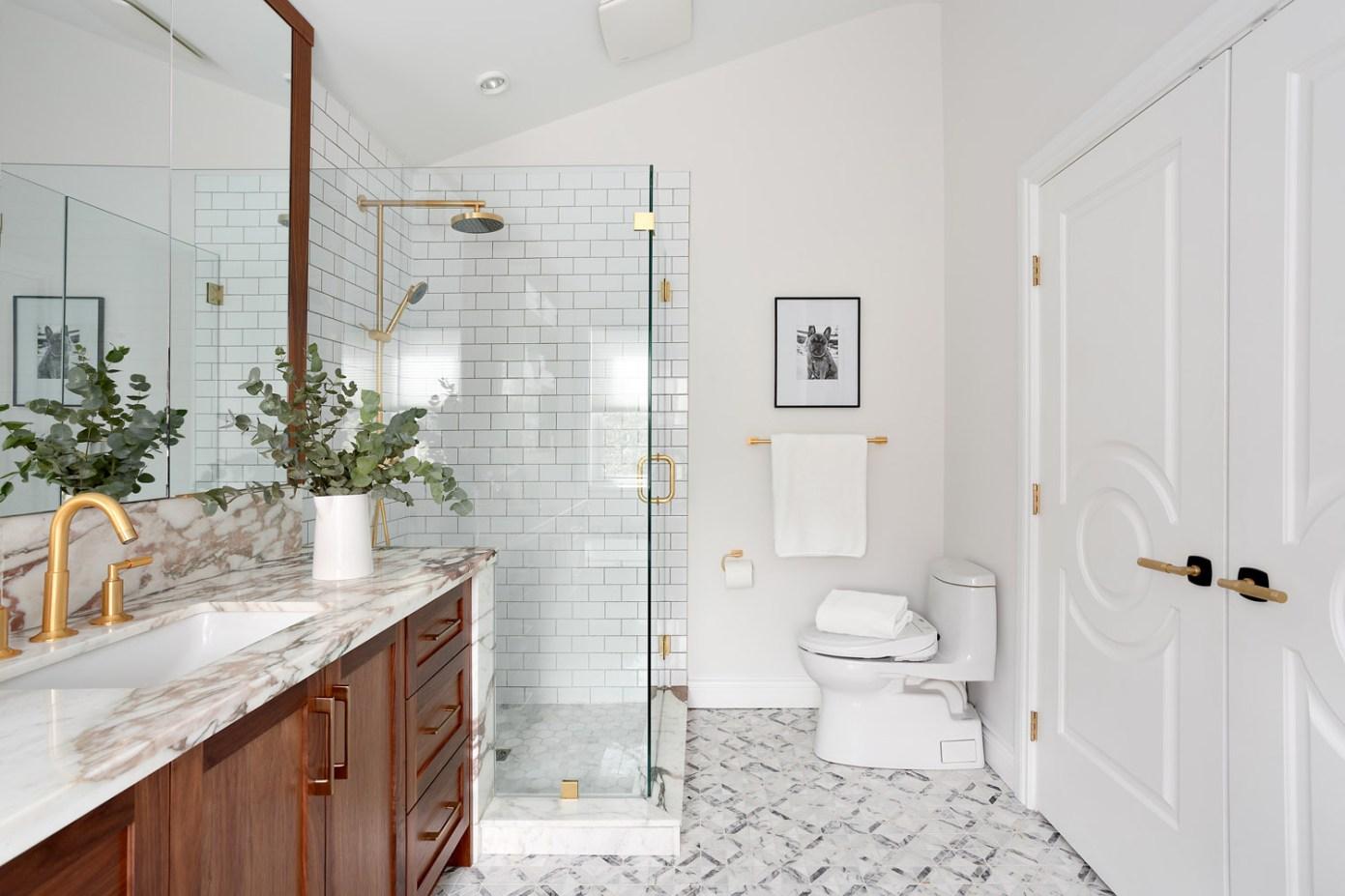 таунхаус в канаде ванная комната душевая