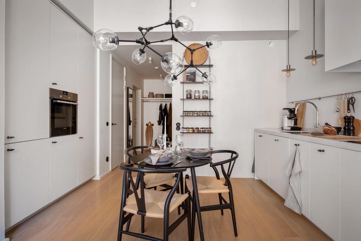 kitchen white cabinets