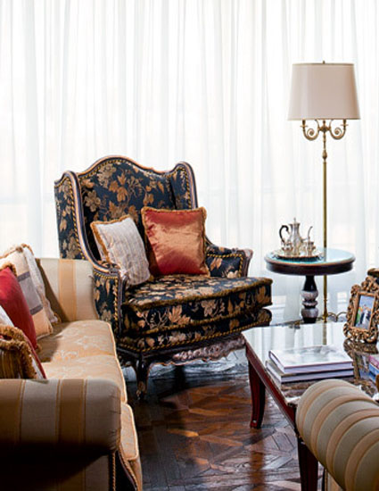 Modern Room Decor Traditional Home Decorating Style