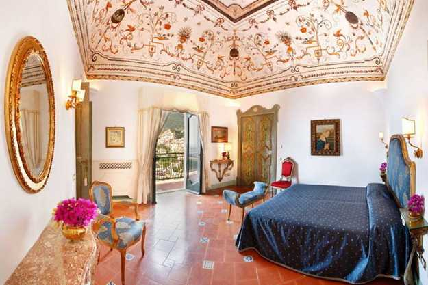 22 Modern Bedroom Decorating Ideas in Italian Style badroom decorating italian style  ceiling painting and floor tiles