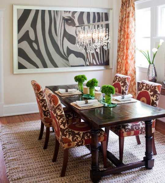 Black and White Dining Room Decorating with Zebra Prints and     aebra wall art for dining room decorating