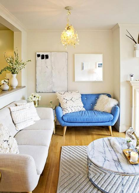 Peaceful White Decorating With Blue And Yellow Color Accents
