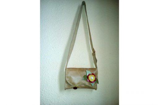 bolso artesano mujer cuero
