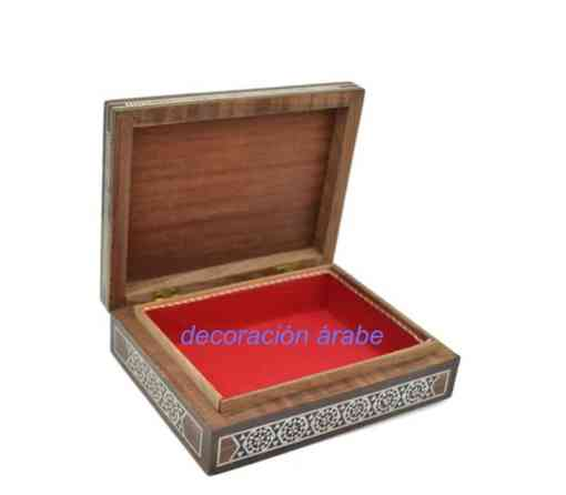 caja taracea abierta