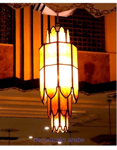 gran lampara techo hall hotel