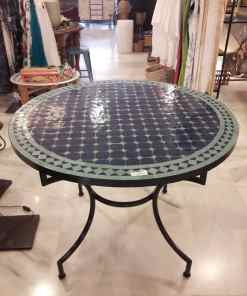 mesa mosaico y forja exterior marroquí