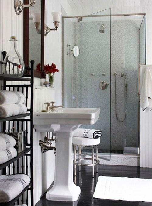 bathroom-small-photo