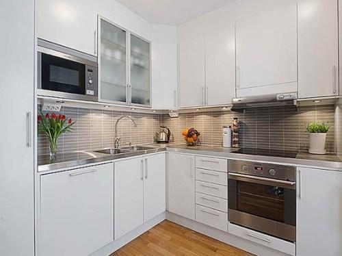 cocina-moderna-gabinetes-blancos-3