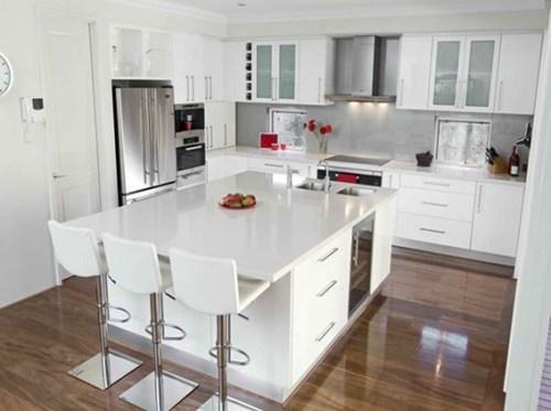 cocina-moderna-gabinetes-blancos