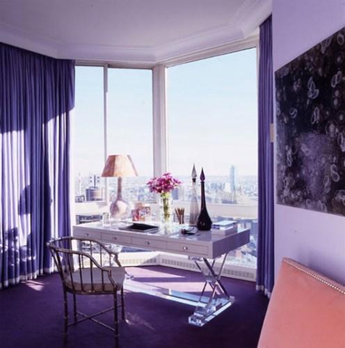 oficina color violeta