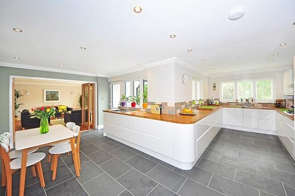 ventajas y desventajas de pintar los azulejos de la cocina