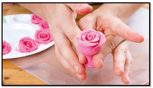 Como hacer flores comestibles para tortas