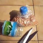 Como hacer cierres para bolsas con botellas plásticas