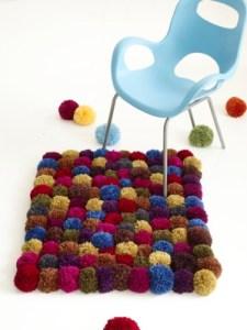 alfombra-pompones2
