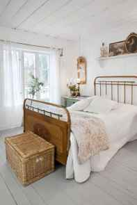44 Stuning Farmhouse Bedroom Furniture Ideas on A Budget