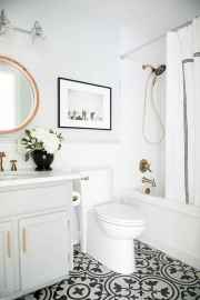 59 Beautiful Small Bathroom Decor Ideas on A Budget