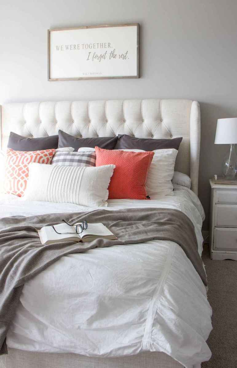 66 Affordable Farmhouse Style Bedroom Decorating Ideas