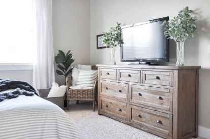 80 Stuning Farmhouse Bedroom Furniture Ideas on A Budget