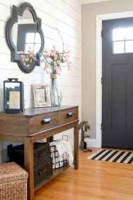 21 Welcoming Rustic Farmhouse Entryway Decorating Ideas