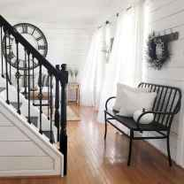 26 Welcoming Rustic Farmhouse Entryway Decorating Ideas