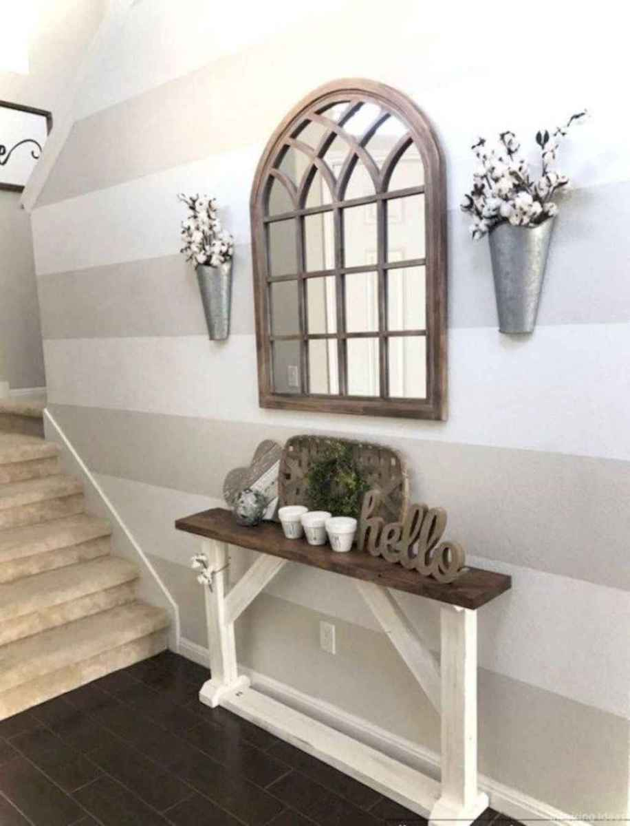 40 Welcoming Rustic Farmhouse Entryway Decorating Ideas