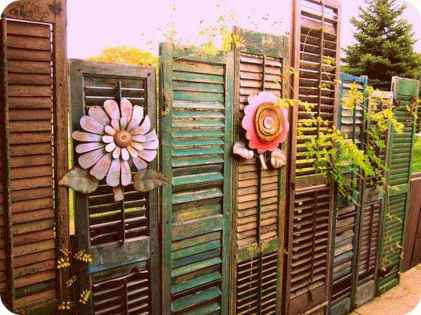 45 Affordable Backyard Privacy Fence Ideas