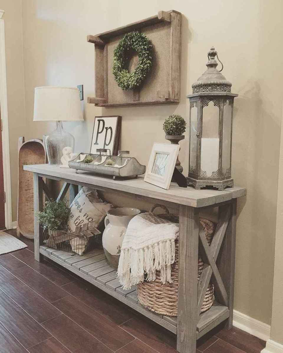 81 Welcoming Rustic Farmhouse Entryway Decorating Ideas