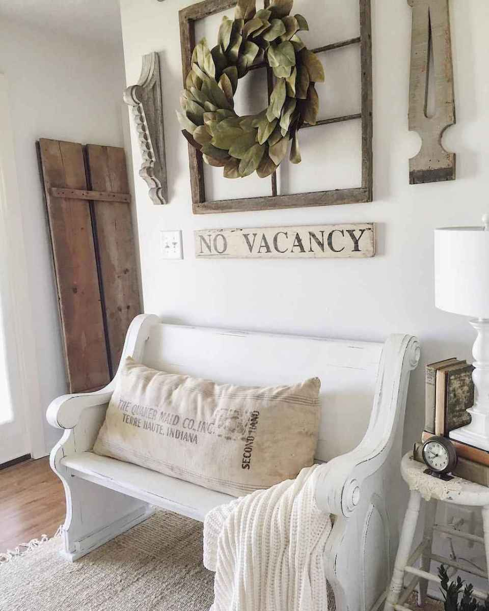 83 Welcoming Rustic Farmhouse Entryway Decorating Ideas