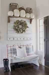 85 Welcoming Rustic Farmhouse Entryway Decorating Ideas