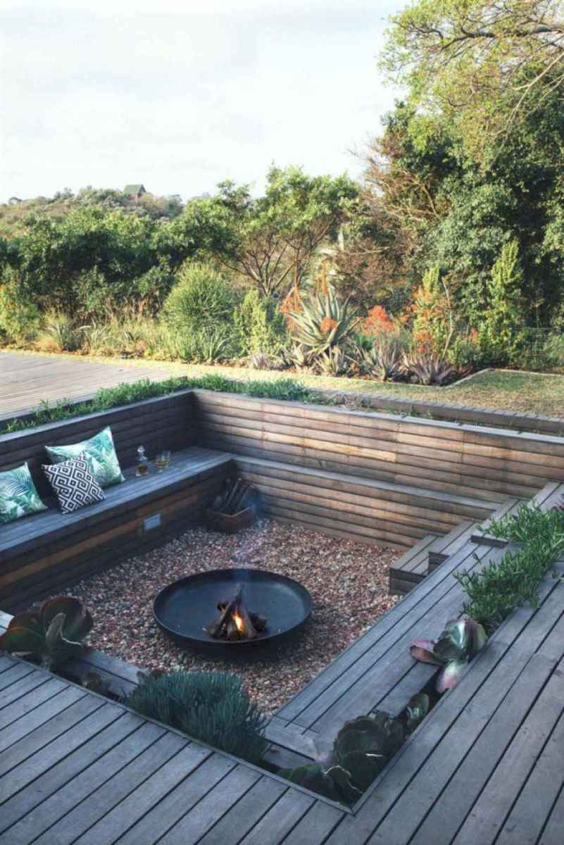 03 Awesome Backyard Fire Pits with Seating Ideas