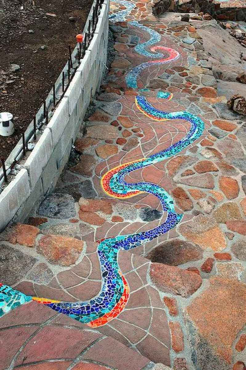 03 Magnificent DIY Mosaic Garden Path Decorations For Your Inspiration