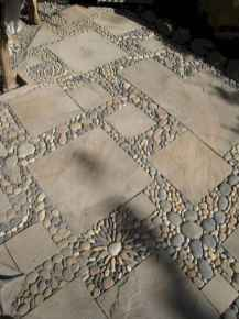 07 Magnificent DIY Mosaic Garden Path Decorations For Your Inspiration