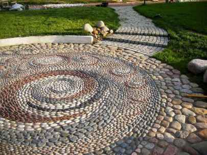 11 Magnificent DIY Mosaic Garden Path Decorations For Your Inspiration