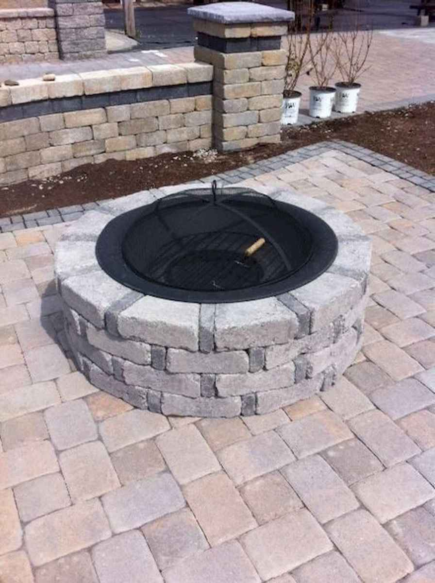 41 Awesome Backyard Fire Pits with Seating Ideas