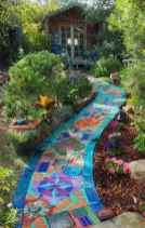 47 Magnificent DIY Mosaic Garden Path Decorations For Your Inspiration
