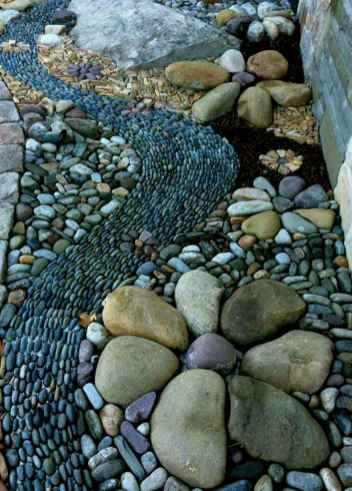 52 Magnificent DIY Mosaic Garden Path Decorations For Your Inspiration