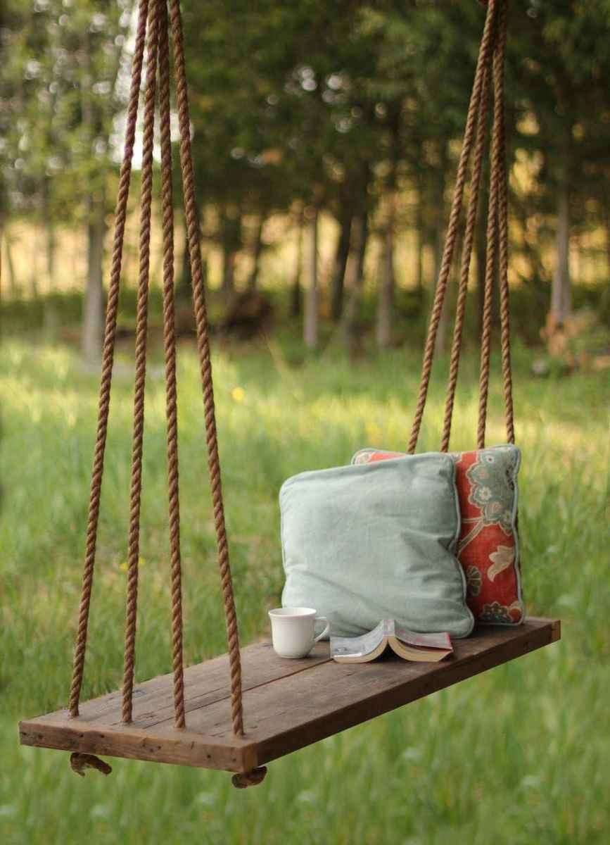 39 Awesome Farmhouse Porch Swing Plans Ideas