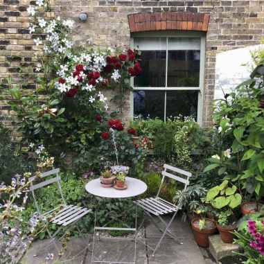 44 Beautiful Small Cottage Flowers Garden for Backyard Ideas