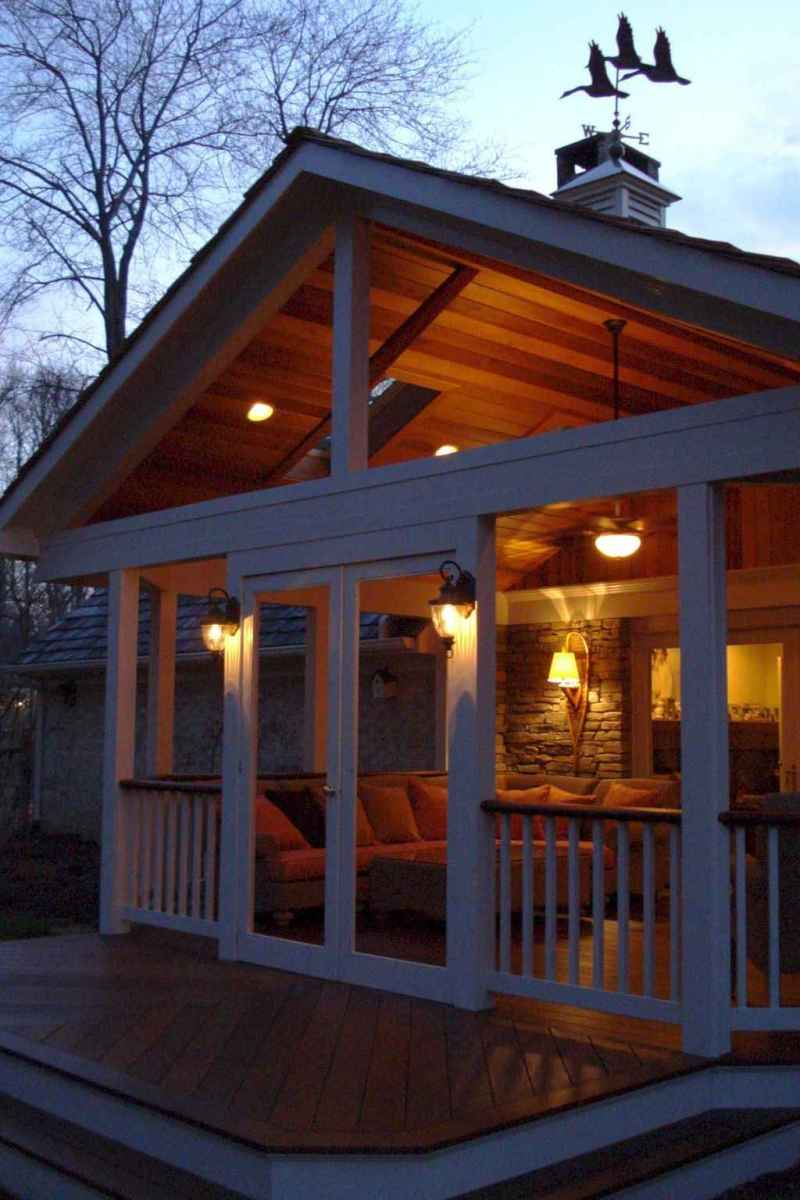 50 Gorgeous Farmhouse Screened In Porch Design Ideas for Relaxing