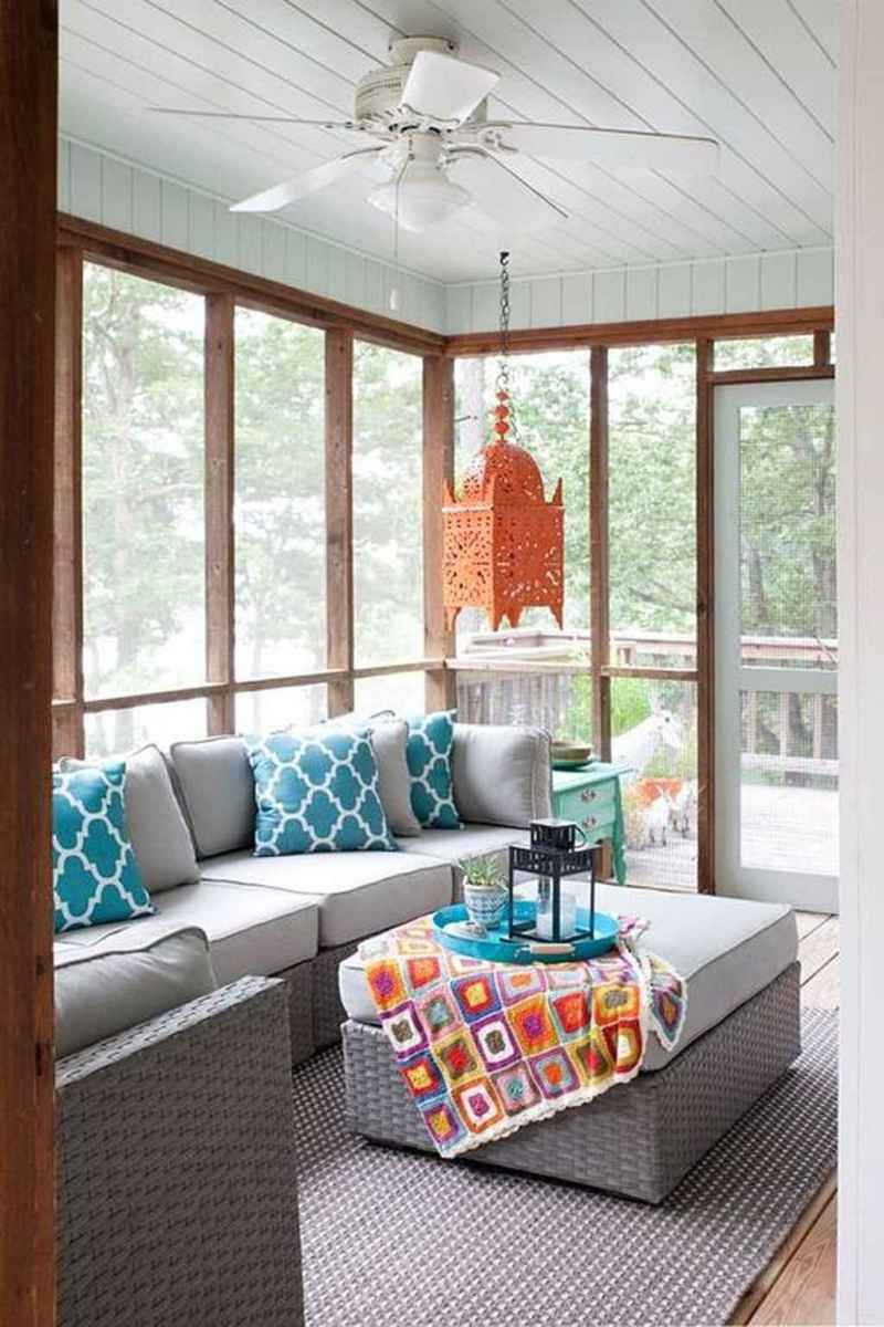 76 Gorgeous Farmhouse Screened In Porch Design Ideas for Relaxing