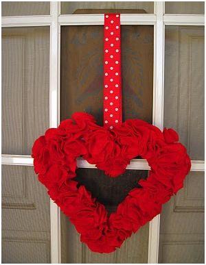decoracion de san valentin con coronas