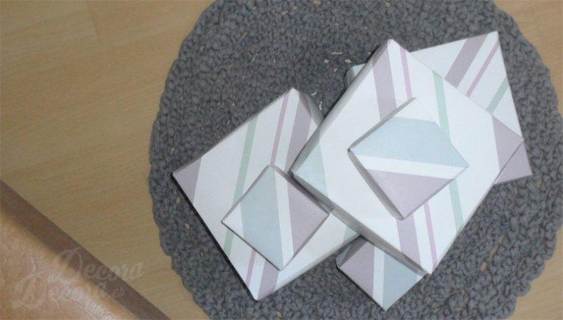 Cajas con papel de pared