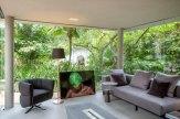 Casa de Vidro - Por Gabriela Eloy e Carolina Freitas