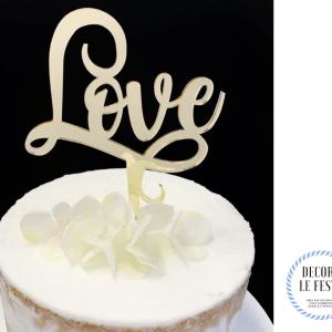decorazione torta love